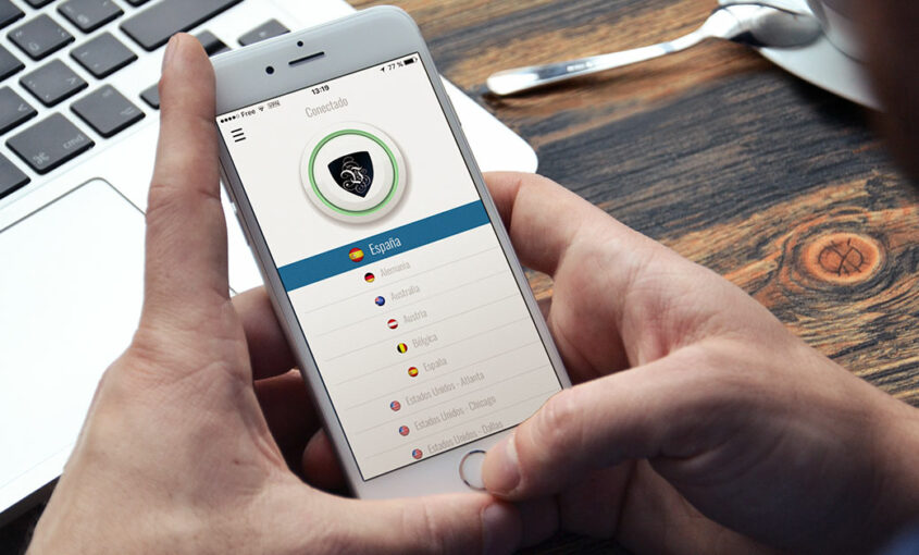 Apple y Salesforce aliados. Usa una VPN app para tu negocio. | Le VPN