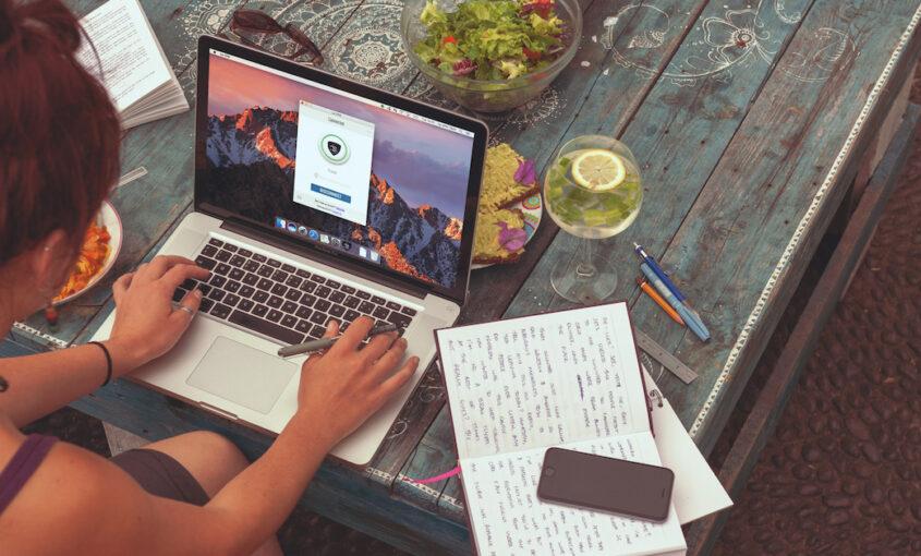 Une étude récente montre que les jeunes britanniques se soucient peu de la sécurité informatique. Profitez de notre service pour ne pas être dans la prochaine statistique. | Le VPN Blog